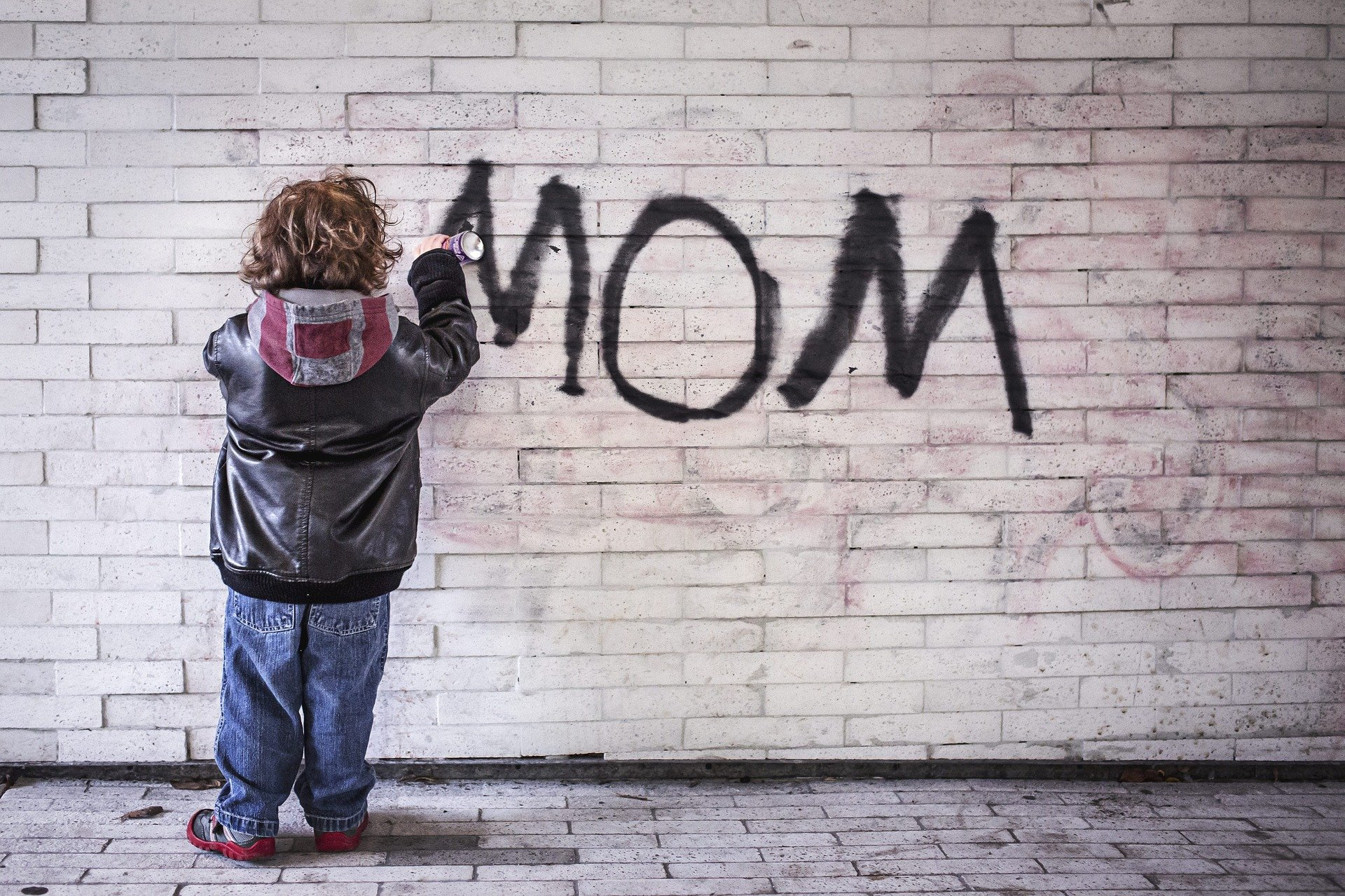 mom-1403724_1920.jpg